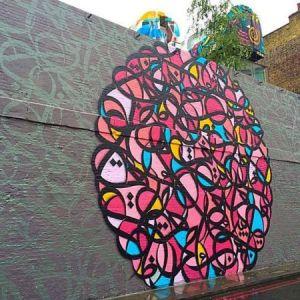 Tunisian-French street artist el Seed for Shubbak. Source.